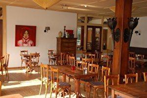 Grand café hotel